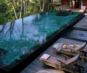 002586-01-villa-pool-overlooking-jungle